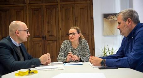 La diputada de Benestar Social es reuneix amb l'alcalde d'Alaquàs