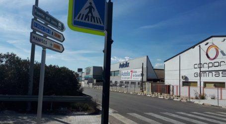 Paterna refuerza la seguridad peatonal con señalética Led en los accesos a Fuente del Jarro