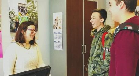 El Puig contrata a cuatro jóvenes para trabajar en el Ayuntamiento
