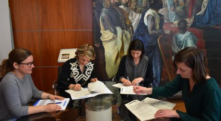 Alfafar firma un convenio con las AMPA del municipio