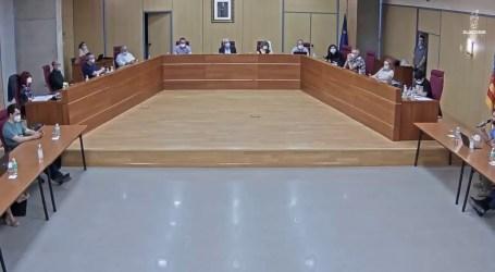 Chavarría explica en el pleno la labor realizada por Servicios Sociales durante el Estado de Alarma
