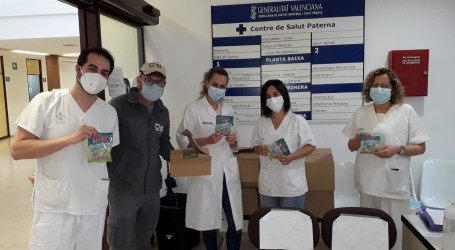 Paterna colabora con la empresa Trolli en el reparto de 6.400 bolsas de golosinas donadas a hospitales