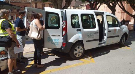 Foios adquireix una furgoneta 100% elèctrica per a la brigada d'obres