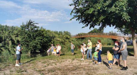 Las familias de Quart de Poblet disfrutan y conocen el entorno natural del río Turia