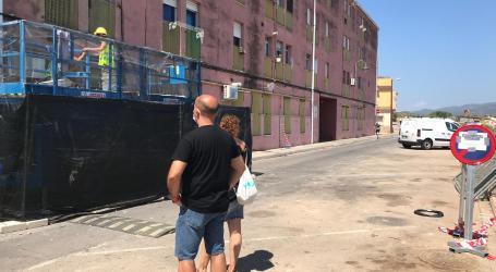 Avanzan las obras de mejora en el edificio de viviendas públicas de Massamagrell