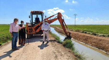 Albal repara el margen derecho de la acequia de la Font para proteger los arrozales de la marjal