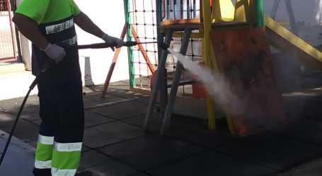 Picassent continua les tasques de neteja i desinfecció als centres escolars
