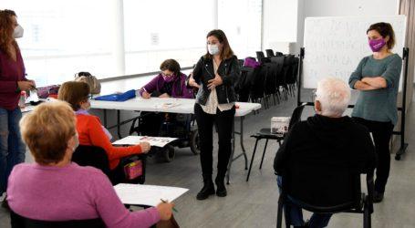 Cartelleria contra la violència masclista en Paiporta