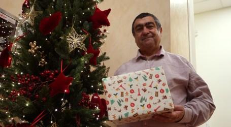 Paterna edita papel de regalo navideño con motivos de la ciudad