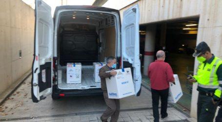 Se reanuda la vacunación en algunas residencias de la Comunitat Valenciana