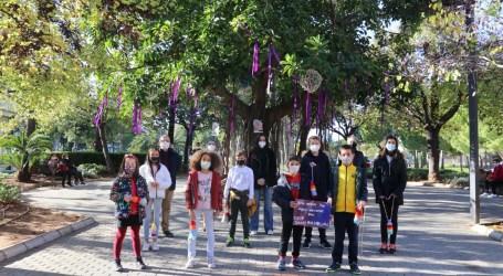 El alumnado del CEIP San Pascual y los chicos y chicas de ADISTO decorarán los ficus de la Avinguda al Vedat de Torrent