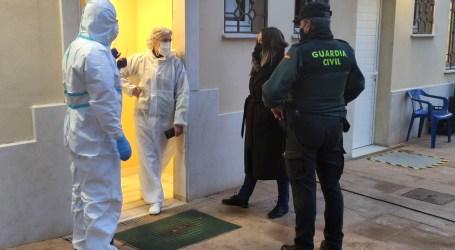 Benetússer incrementa las labores de desinfección en la residencia con la intervención del Regimiento de Defensa NBQ
