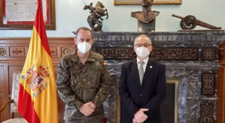 El Cronista Oficial de Paterna, Camilo Segura, nombrado Embajador Cultural de la Marca Ejército