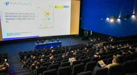 Empresarios y municipios se unen contra la ampliación de la pista de Silla