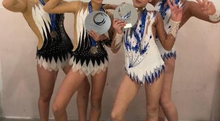 4 gimnastas del Club Acrobatik de Albalat dels Sorells compiten en la Copa del Mundo en Bulgaria