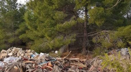 La agrupación de vecinos de Montecañada denuncia la existencia de vertederos ilegales