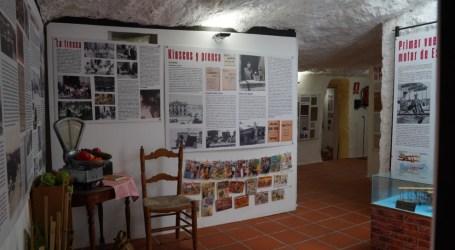 Entra a Paterna, la nueva exposición de Les Coves del Batà que recrea la historia reciente de la ciudad abre sus puertas