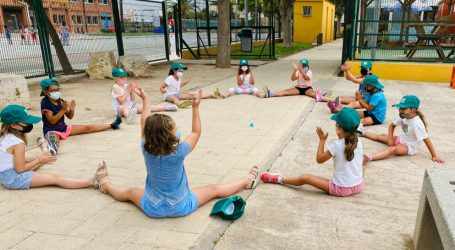 Més de 300 xiquets i xiquetes participen enguany en l'escola d'estiu i l'estiu urbà de Meliana