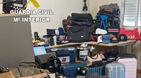La Guardia Civil  detiene a los presuntos autores de robos en vehículos en Manises y Aldaia