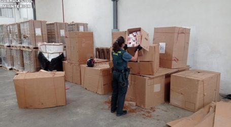 La Guardia Civil interviene más de 3.800 kilogramos de picadura de tabaco en una nave industrial de la localidad de Silla