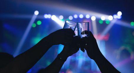 Se relajan las restricciones en espectáculos y comercios y el ocio nocturno amplía su horario hasta las 5 de la mañana