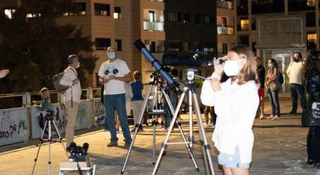 Astro Torrent organizó un encuentro para desvelar los secretos de la luna