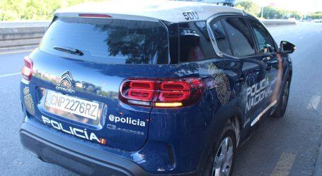 La Policía Nacional detiene a una mujer por estafar a un anciano 67.000 euros por el conocido «Timo Amoroso»