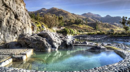 أجمل الينابيع الطبيعية حول العالم