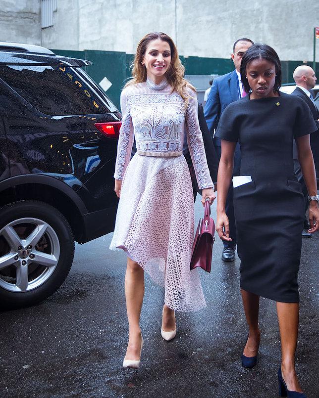 الملكة رانيا العبد الله 2 - موقع المصطبة