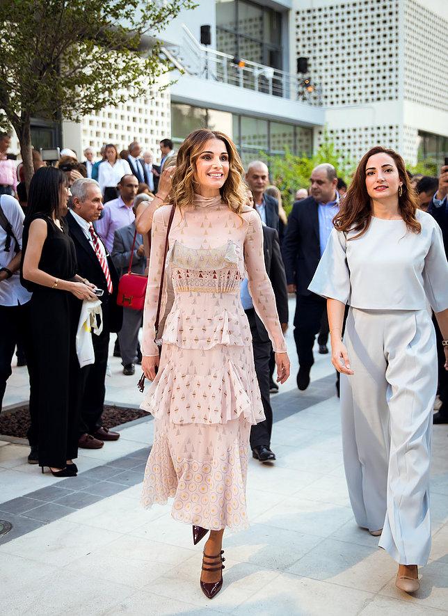 الملكة رانيا العبد الله 7 - موقع المصطبة
