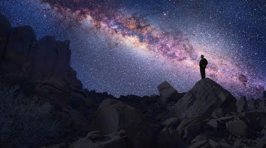 أشهر علماء الفلك