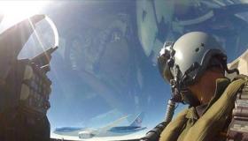 ماهي صفات الطيار الحربي ؟