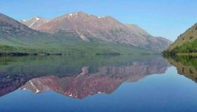 ماذا تعرف عن أكبر بحيرة فى العالم ؟