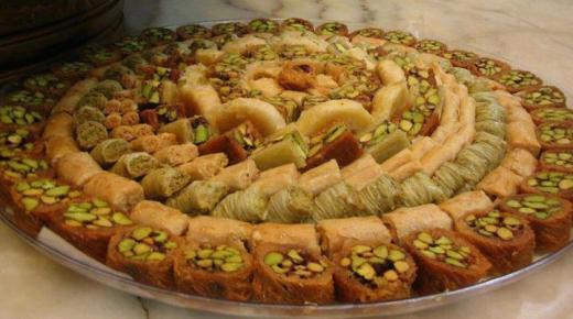 مجموعة من الحلويات المبتكرة لشهر رمضان