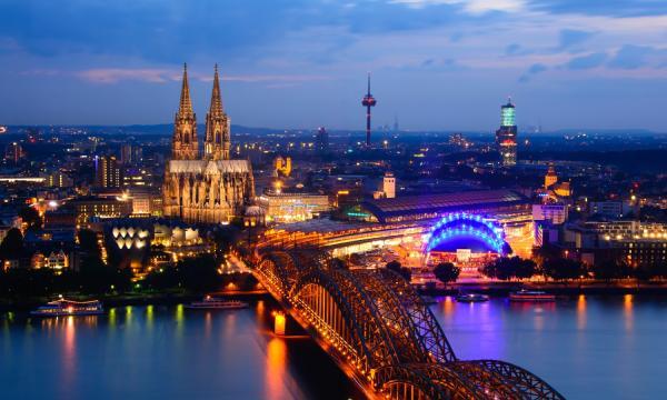 بم تشتهر دولة ألمانيا ؟