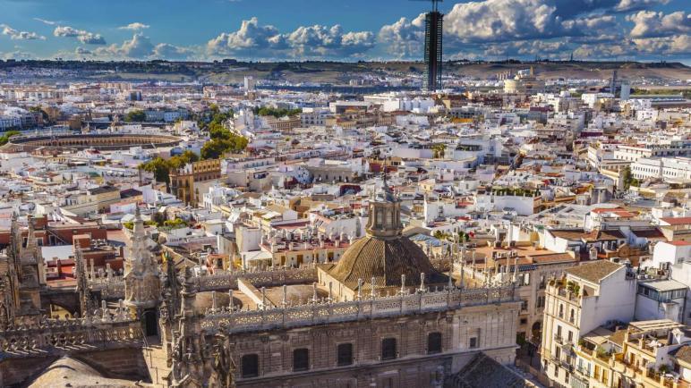 السياحة فىإشبيلية .. مدينة اسبانية ترقص على نغمات شرقية