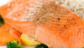 طريقة عمل سمك السلمون المتبل بالفرن والمشوي