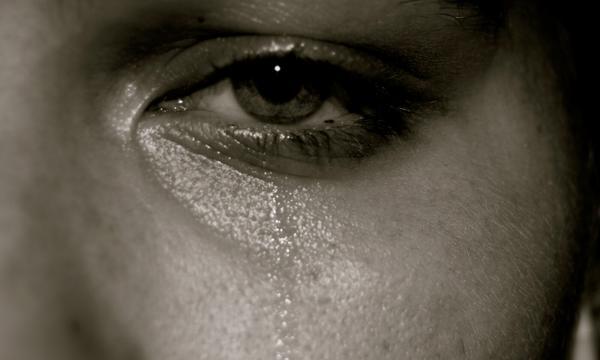 صور حزينة جداً HD 2020 أحلى صور ورمزيات حزن مبكية وتدمع العين