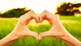 أحلى صور قلوب 2020 HD أجمل تصميمات رمزيات وبطاقات قلوب رومانسية وحزينة