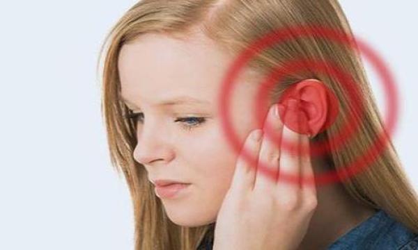 ما هي أعراض طنين الأذن ؟