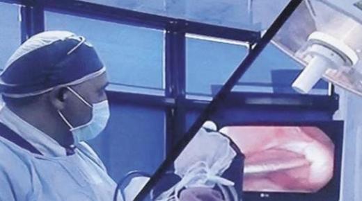ما هي عملية الحقن المجهري؟