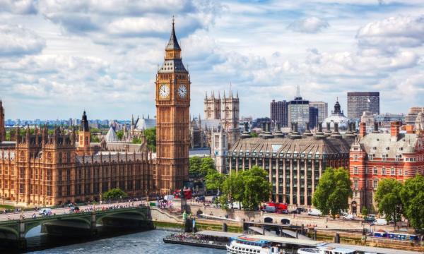 بماذا تشتهر مدينة لندن؟