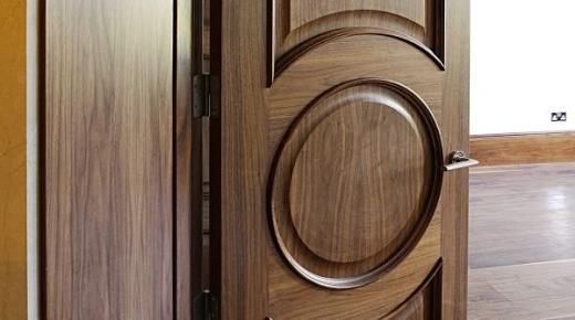 مشروع تجارة الأبواب والشبابيك الخشبية
