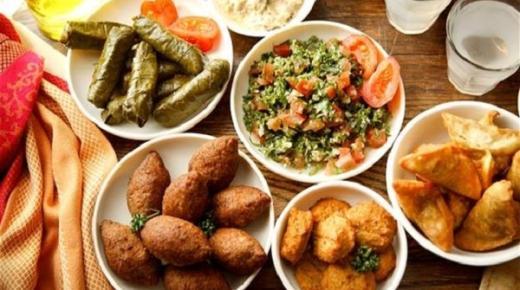 تحضير وجبة الإفطار في رمضان