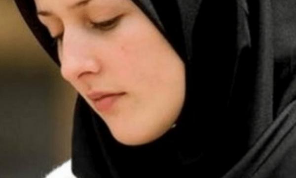 لباس المرأة المسلمة حسب القرآن والسنة