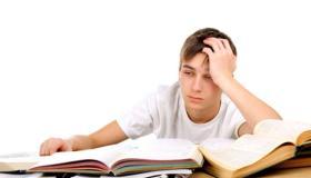 10 طرق للمساعدة على الدراسة عندما تكون محبطا