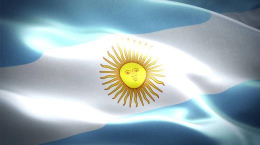 ما معنى ألوان علم الأرجنتين؟