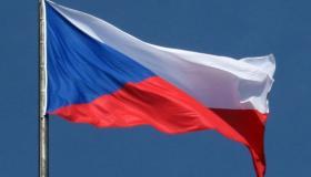 ما معنى ألوان علم جمهورية التشيك؟