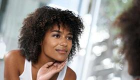 أسباب وجود الشعر المجعد