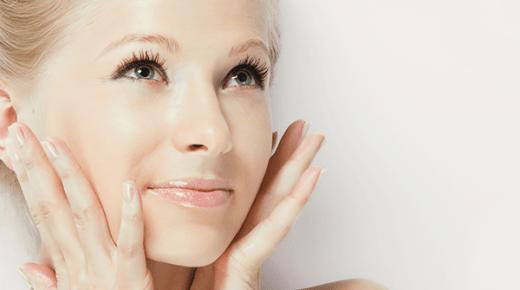 نصائح لتشديد بشرتك بشكل طبيعي
